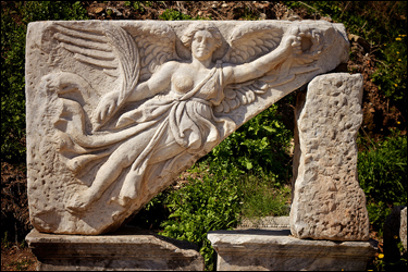 Goddess Nike at Ephesus photographed by Geoff Foomandoonian at Flickr.